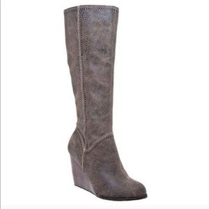 Fossil Caroline Wedge Boots 7